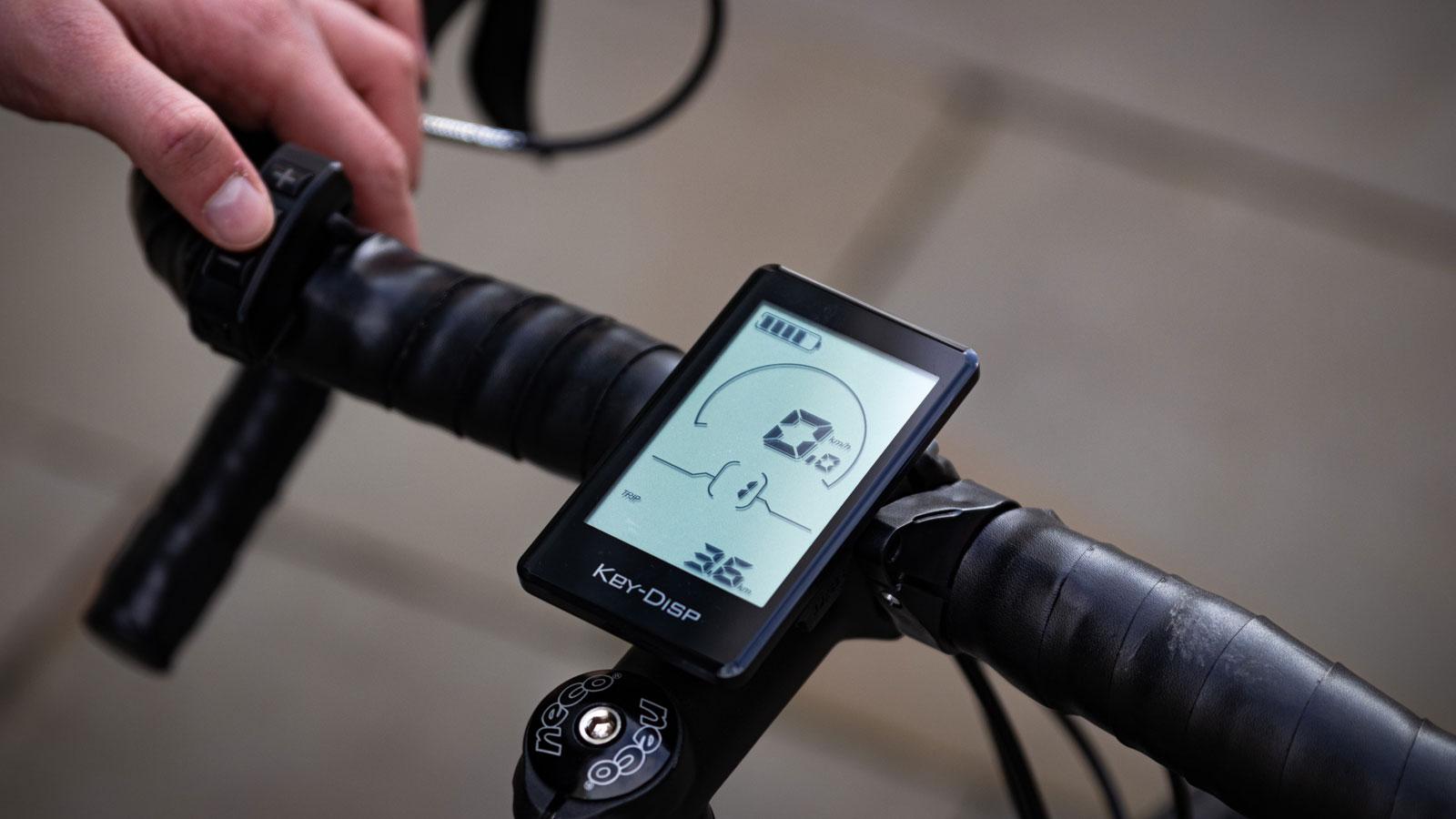 Avaris Ebike full touch display