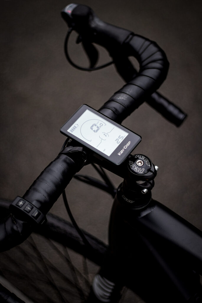 Ebike dashboard display and tracking technology